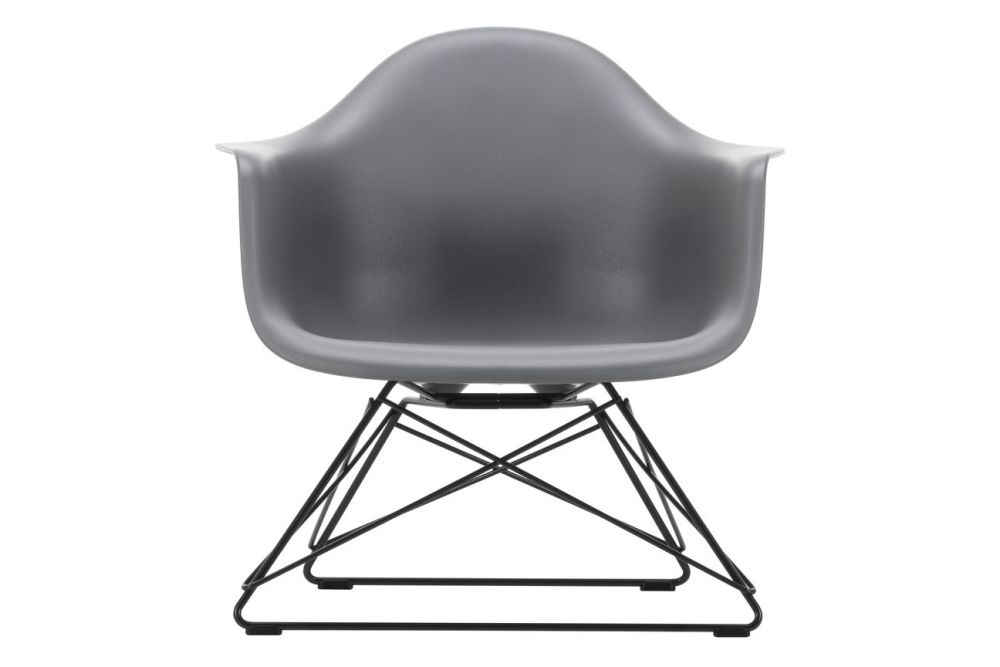 https://res.cloudinary.com/clippings/image/upload/t_big/dpr_auto,f_auto,w_auto/v1591178528/products/eames-lar-plastic-armchair-vitra-charles-ray-eames-clippings-11414234.jpg