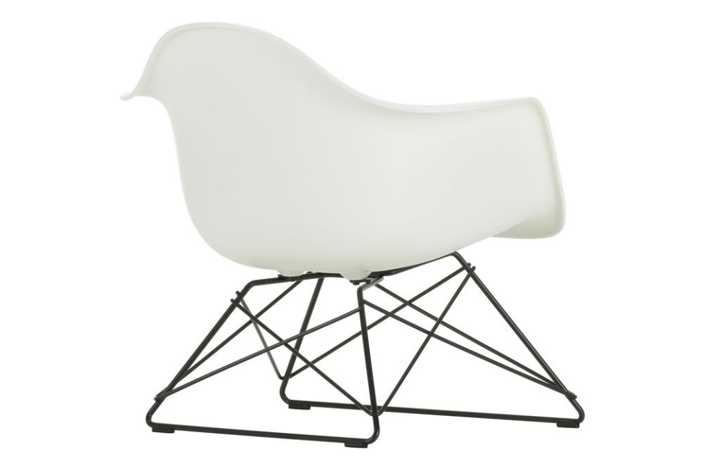 https://res.cloudinary.com/clippings/image/upload/t_big/dpr_auto,f_auto,w_auto/v1591187607/products/eames-lar-plastic-armchair-seat-upholstered-vitra-charles-ray-eames-clippings-11414317.jpg