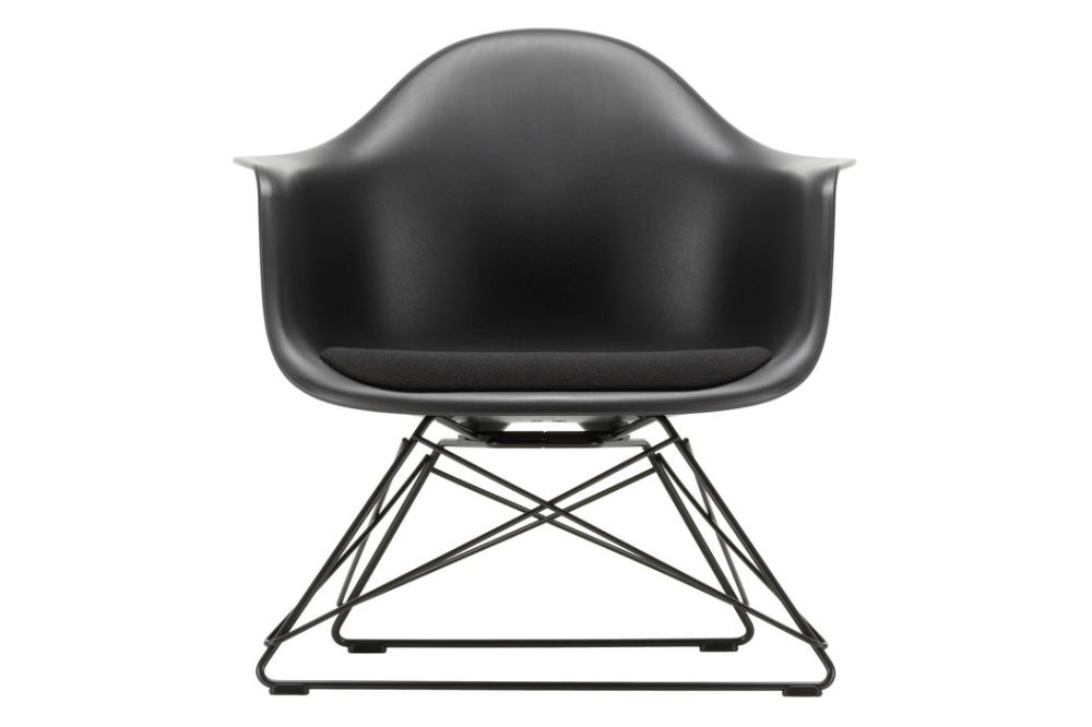 https://res.cloudinary.com/clippings/image/upload/t_big/dpr_auto,f_auto,w_auto/v1591187640/products/eames-lar-plastic-armchair-seat-upholstered-vitra-charles-ray-eames-clippings-11414318.jpg
