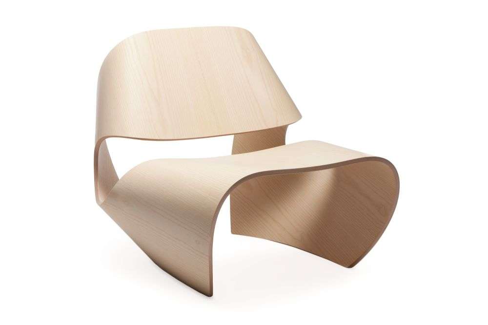 https://res.cloudinary.com/clippings/image/upload/t_big/dpr_auto,f_auto,w_auto/v1591784523/products/cowrie-chair-made-in-ratio-clippings-11415919.jpg