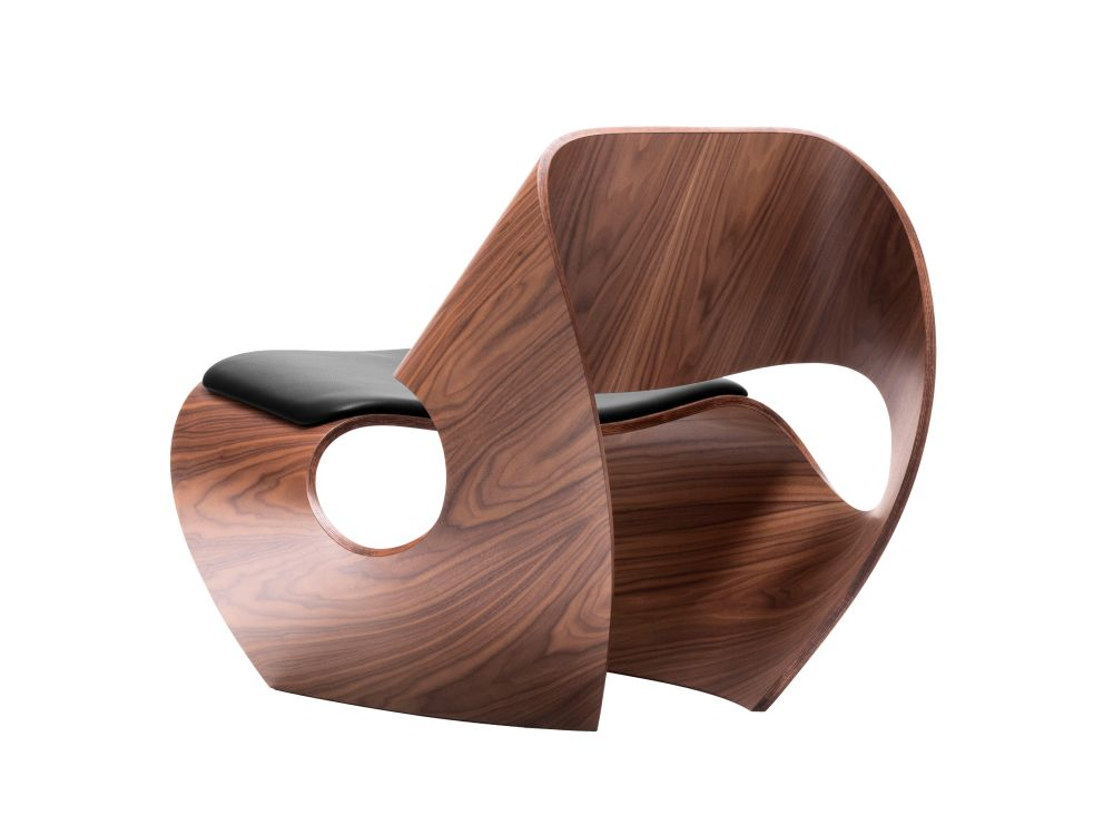 https://res.cloudinary.com/clippings/image/upload/t_big/dpr_auto,f_auto,w_auto/v1591792756/products/cowrie-leather-chair-made-in-ratio-clippings-11415986.jpg