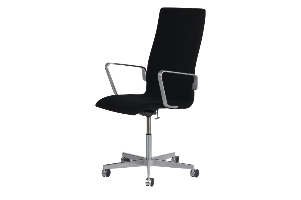 https://res.cloudinary.com/clippings/image/upload/t_big/dpr_auto,f_auto,w_auto/v1592340854/products/oxford-classic-chair-with-armrests-medium-back-fritz-hansen-arne-jacobsen-clippings-11417613.jpg