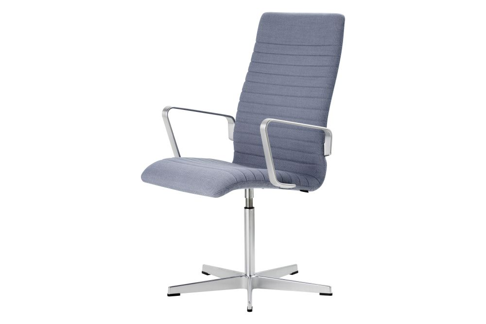 https://res.cloudinary.com/clippings/image/upload/t_big/dpr_auto,f_auto,w_auto/v1592409753/products/oxford-premium-chair-with-armrests-medium-back-fritz-hansen-arne-jacobsen-clippings-11417927.jpg