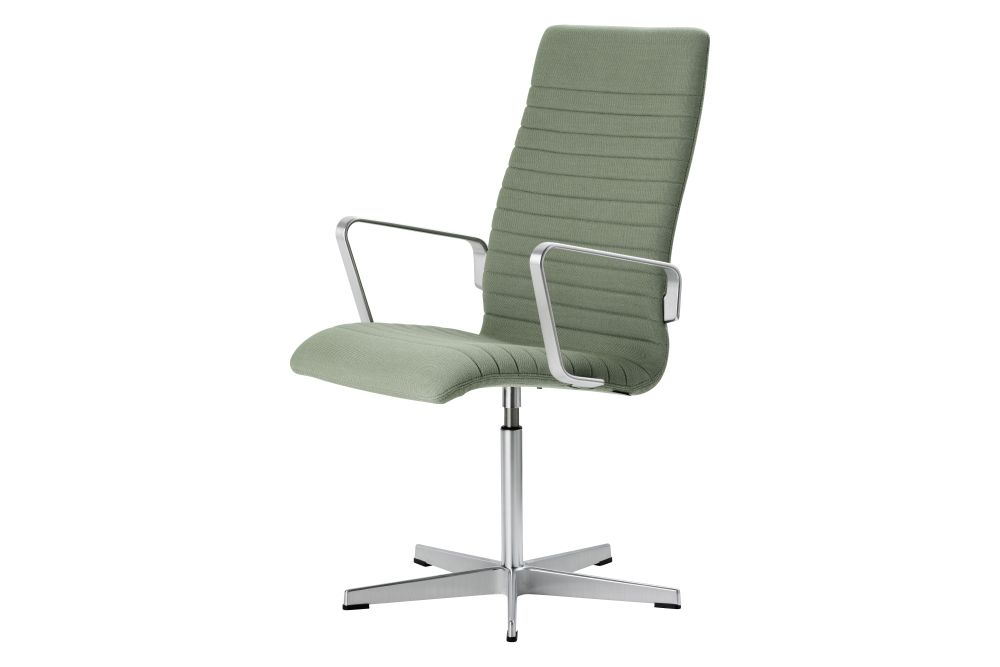 https://res.cloudinary.com/clippings/image/upload/t_big/dpr_auto,f_auto,w_auto/v1592409761/products/oxford-premium-chair-with-armrests-medium-back-fritz-hansen-arne-jacobsen-clippings-11417929.jpg