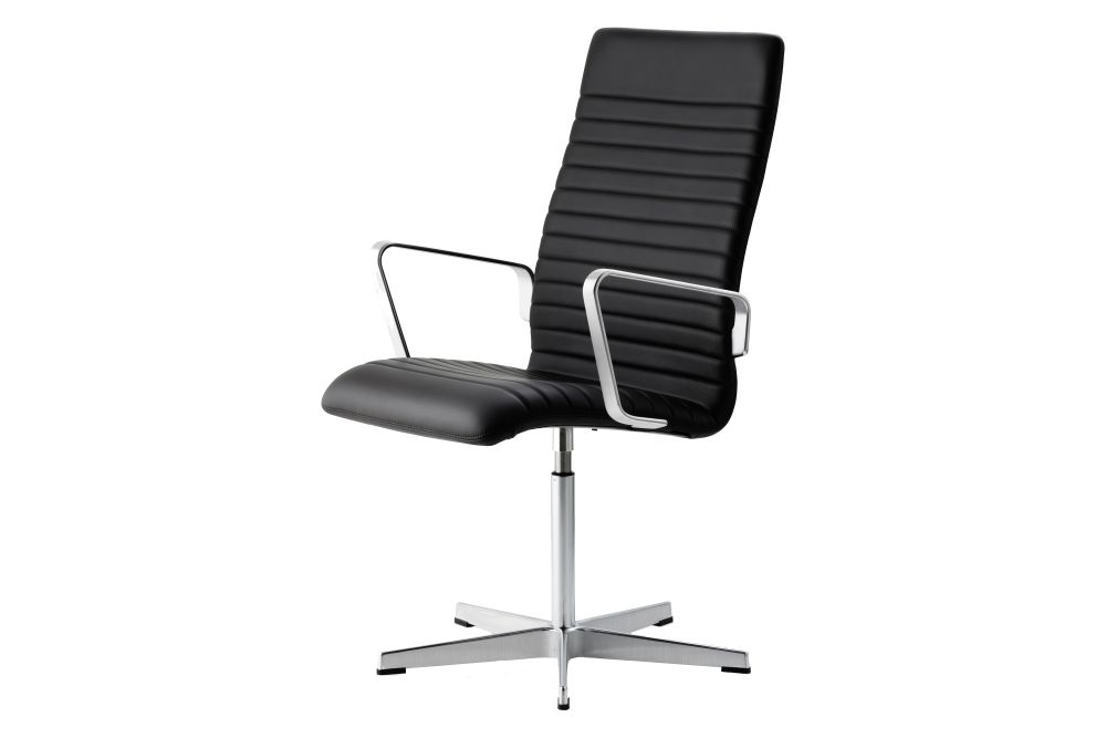 https://res.cloudinary.com/clippings/image/upload/t_big/dpr_auto,f_auto,w_auto/v1592409764/products/oxford-premium-chair-with-armrests-medium-back-fritz-hansen-arne-jacobsen-clippings-11417930.jpg