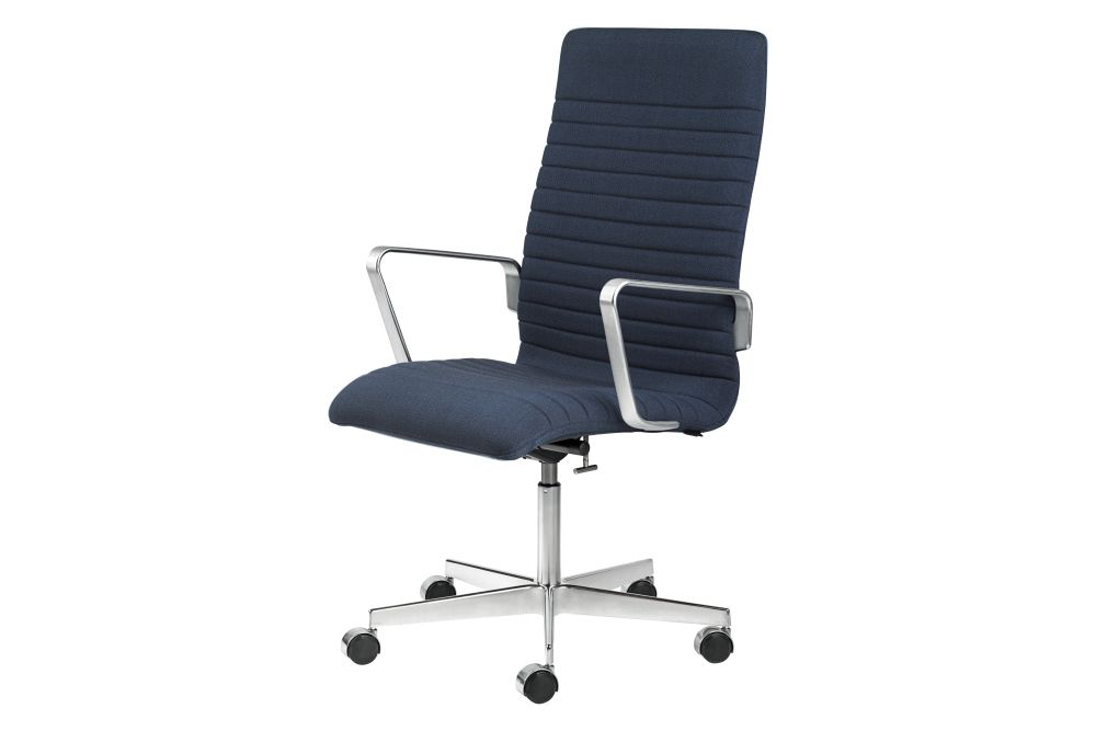 https://res.cloudinary.com/clippings/image/upload/t_big/dpr_auto,f_auto,w_auto/v1592409860/products/oxford-premium-chair-with-armrests-medium-back-fritz-hansen-arne-jacobsen-clippings-11417933.jpg