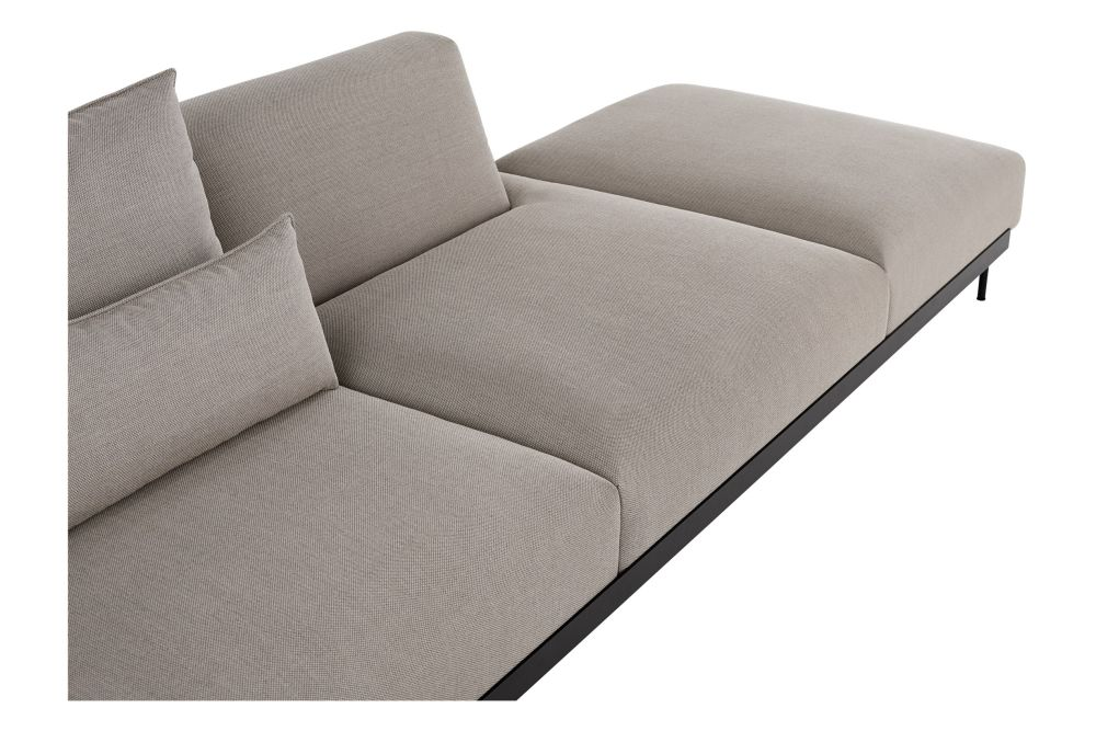 https://res.cloudinary.com/clippings/image/upload/t_big/dpr_auto,f_auto,w_auto/v1599144288/products/in-situ-modular-4-seater-sofa-configuration-5-muuto-anderssen-voll-clippings-11445109.jpg