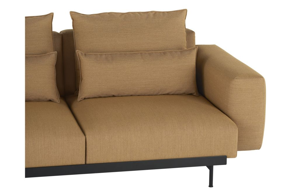 https://res.cloudinary.com/clippings/image/upload/t_big/dpr_auto,f_auto,w_auto/v1599144582/products/in-situ-modular-3-seater-sofa-configuration-1-muuto-anderssen-voll-clippings-11445111.jpg
