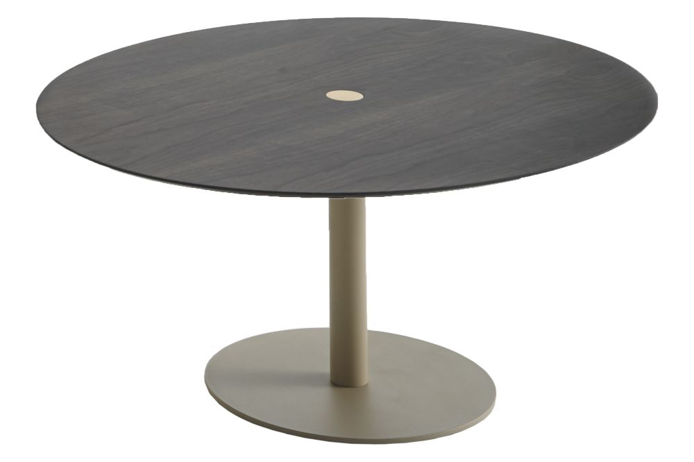 https://res.cloudinary.com/clippings/image/upload/t_big/dpr_auto,f_auto,w_auto/v1600416553/products/n%C3%BAcleo-coffee-table-round-punt-v%C3%ADctor-carrasco-clippings-11447108.jpg