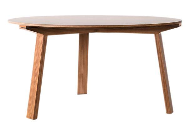 https://res.cloudinary.com/clippings/image/upload/t_big/dpr_auto,f_auto,w_auto/v1601012787/products/mitis-round-dining-table-super-matt-walnut-punt-mario-ruiz-clippings-10487331.jpg