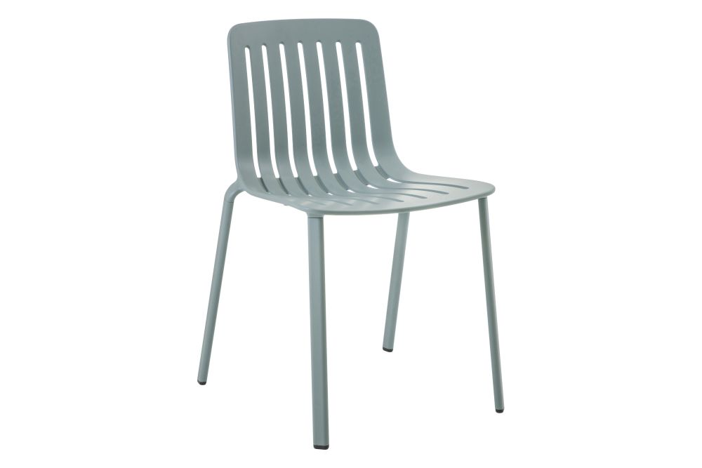 https://res.cloudinary.com/clippings/image/upload/t_big/dpr_auto,f_auto,w_auto/v1601284395/products/plato-chair-non-upholstered-magis-design-jasper-morrison-clippings-11449631.jpg