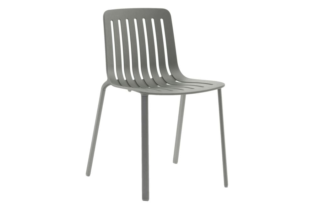 https://res.cloudinary.com/clippings/image/upload/t_big/dpr_auto,f_auto,w_auto/v1601284396/products/plato-chair-non-upholstered-magis-design-jasper-morrison-clippings-11449633.jpg