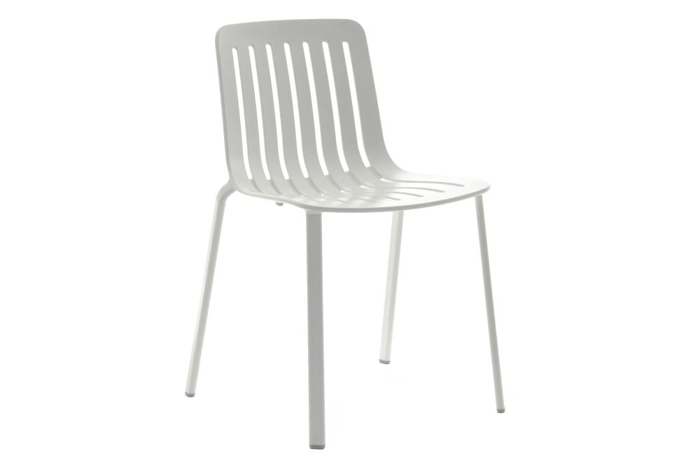 https://res.cloudinary.com/clippings/image/upload/t_big/dpr_auto,f_auto,w_auto/v1601284396/products/plato-chair-non-upholstered-magis-design-jasper-morrison-clippings-11449636.jpg