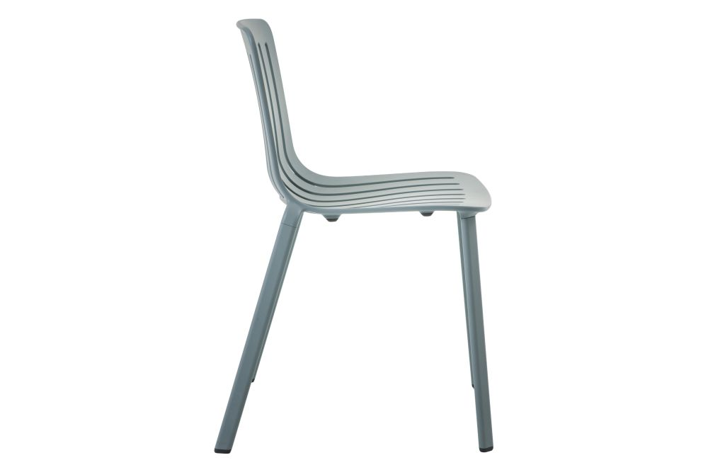 https://res.cloudinary.com/clippings/image/upload/t_big/dpr_auto,f_auto,w_auto/v1601284421/products/plato-chair-non-upholstered-magis-design-jasper-morrison-clippings-11449639.jpg