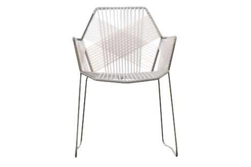 https://res.cloudinary.com/clippings/image/upload/t_big/dpr_auto,f_auto,w_auto/v1601545229/products/tropicalia-chair-with-arms-traffic-white-traffic-white-quartz-moroso-patricia-urquiola-clippings-11107791.jpg