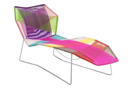 https://res.cloudinary.com/clippings/image/upload/t_big/dpr_auto,f_auto,w_auto/v1601546517/products/tropicalia-chaise-longue-stainless-steel-carnival-moroso-patricia-urquiola-clippings-11107764.jpg