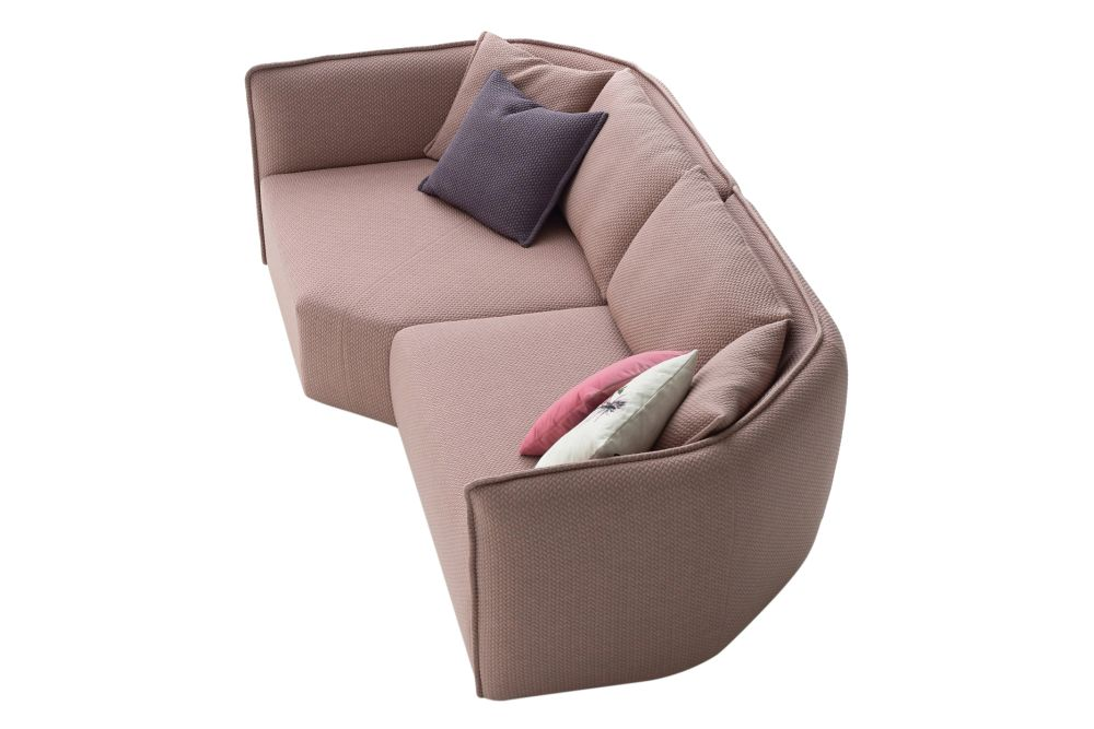 https://res.cloudinary.com/clippings/image/upload/t_big/dpr_auto,f_auto,w_auto/v1601558019/products/chamfer-a20-composition-sofa-moroso-clippings-11317013.jpg