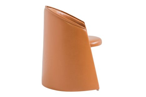 https://res.cloudinary.com/clippings/image/upload/t_big/dpr_auto,f_auto,w_auto/v1601559662/products/husk-indoor-armchair-b0213-leather-tan-cir%C3%A8-small-moroso-marc-thorpe-clippings-11107717.jpg