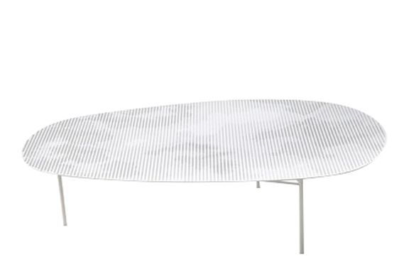https://res.cloudinary.com/clippings/image/upload/t_big/dpr_auto,f_auto,w_auto/v1601620098/products/cloud-low-tables-traffic-white-medium-moroso-nendo-clippings-11107538.jpg