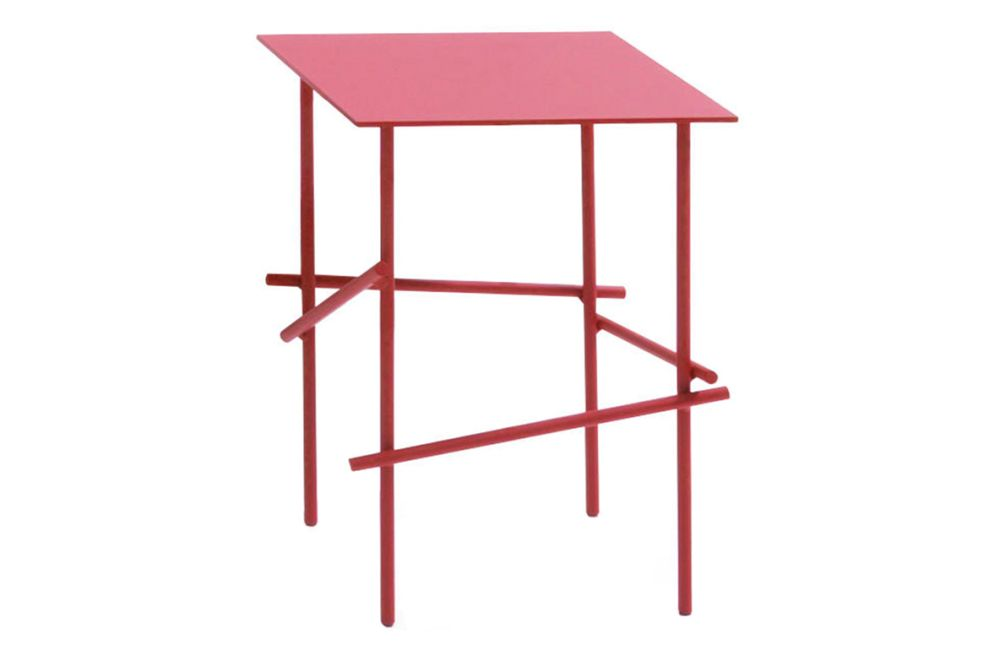 https://res.cloudinary.com/clippings/image/upload/t_big/dpr_auto,f_auto,w_auto/v1601644074/products/shanghai-tip-square-side-table-blush-moroso-patricia-urquiola-clippings-11111832.jpg
