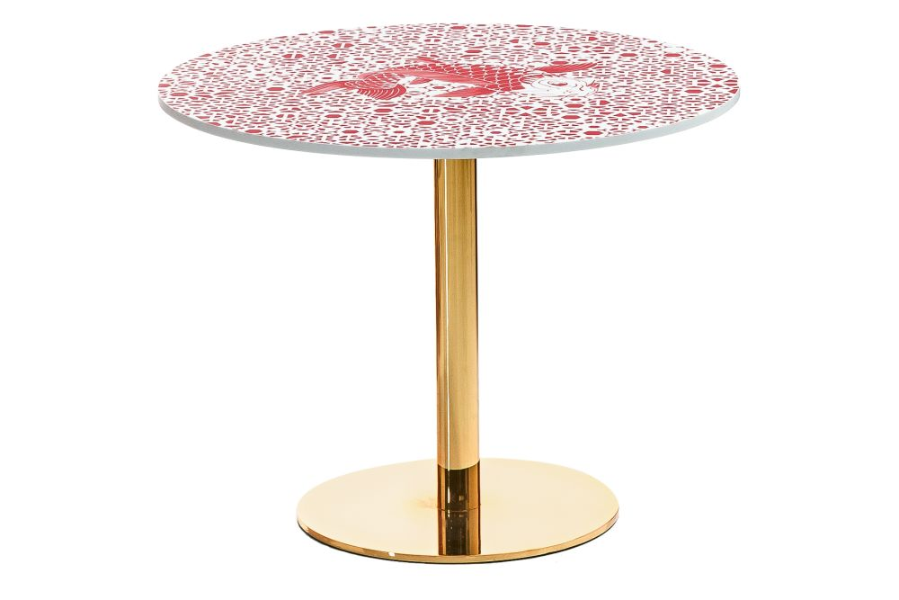 https://res.cloudinary.com/clippings/image/upload/t_big/dpr_auto,f_auto,w_auto/v1601649293/products/sushi-edition-cubikoo-round-pantone-491c-red-moroso-edward-van-vliet-clippings-10860571.jpg