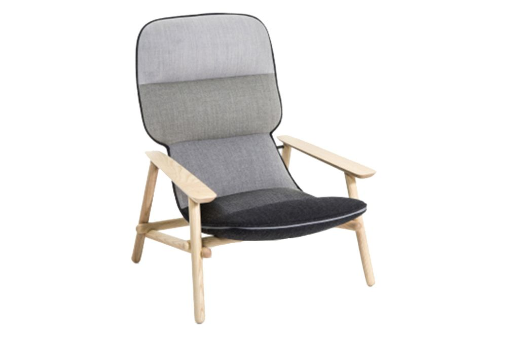 https://res.cloudinary.com/clippings/image/upload/t_big/dpr_auto,f_auto,w_auto/v1601896119/products/lilo-armchair-moroso-patricia-urquiola-clippings-11112391.jpg