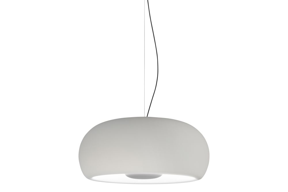 https://res.cloudinary.com/clippings/image/upload/t_big/dpr_auto,f_auto,w_auto/v1602497576/products/vetra-pendant-light-marset-joan-gaspar-clippings-11452055.jpg