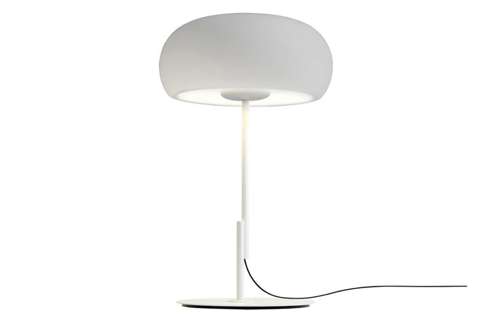 https://res.cloudinary.com/clippings/image/upload/t_big/dpr_auto,f_auto,w_auto/v1603691689/products/vetra-s-table-lamp-white-marset-joan-gaspar-clippings-11452068.jpg