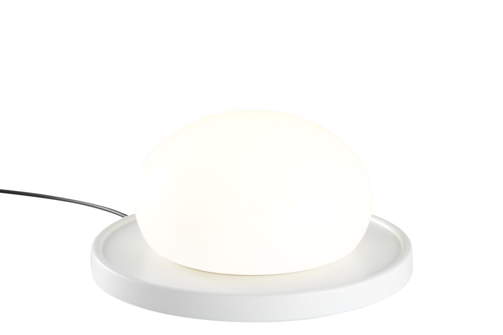 https://res.cloudinary.com/clippings/image/upload/t_big/dpr_auto,f_auto,w_auto/v1603695467/products/bolita-table-lamp-white-marset-kaschkasch-clippings-11451908.jpg