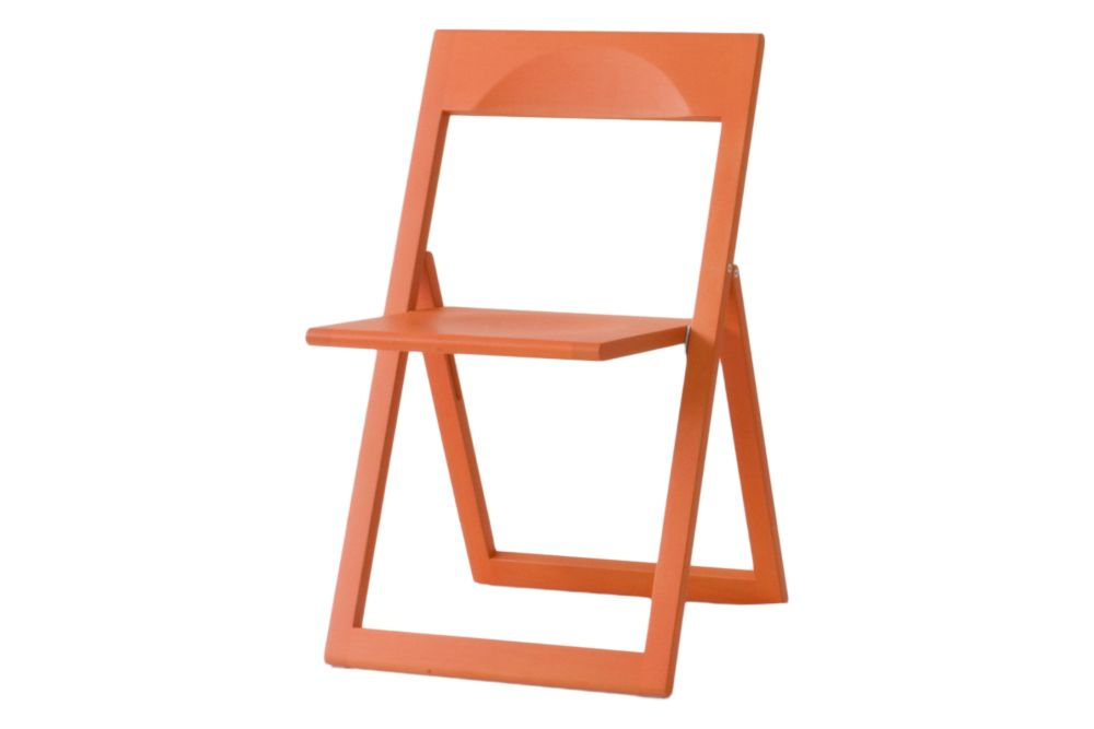 https://res.cloudinary.com/clippings/image/upload/t_big/dpr_auto,f_auto,w_auto/v1604398223/products/aviva-chair-set-of-2-magis-marc-berthier-clippings-11480068.jpg