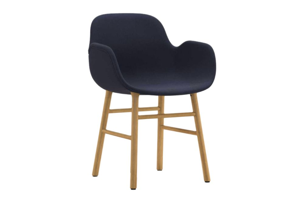 https://res.cloudinary.com/clippings/image/upload/t_big/dpr_auto,f_auto,w_auto/v1604562048/products/form-armchair-fully-upholstered-fame-60017-nc-oak-normann-copenhagen-simon-legald-clippings-9123051.jpg