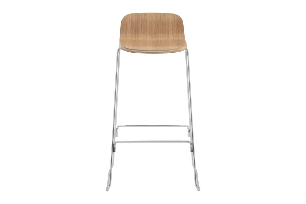 https://res.cloudinary.com/clippings/image/upload/t_big/dpr_auto,f_auto,w_auto/v1604562424/products/just-barstool-oak-65cm-with-backrest-normann-copenhagen-iskos-berlin-clippings-9217821.jpg