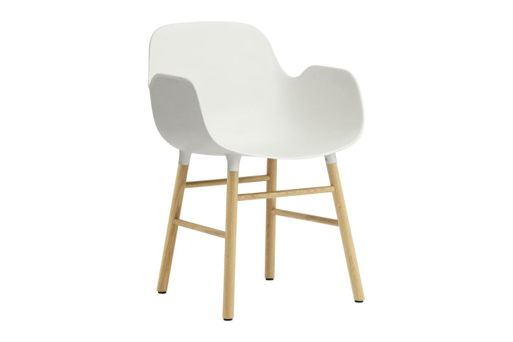 https://res.cloudinary.com/clippings/image/upload/t_big/dpr_auto,f_auto,w_auto/v1604566227/products/form-armchair-white-nc-oak-normann-copenhagen-simon-legald-clippings-1132971.jpg