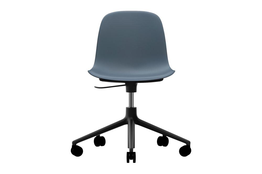 https://res.cloudinary.com/clippings/image/upload/t_big/dpr_auto,f_auto,w_auto/v1604566838/products/form-swivel-chair-5w-gaslift-nc-black-aluminium-blue-normann-copenhagen-simon-legald-clippings-9069611.jpg