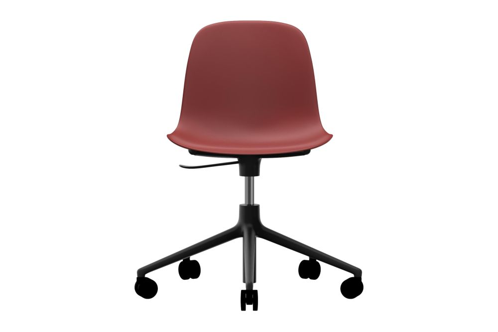 https://res.cloudinary.com/clippings/image/upload/t_big/dpr_auto,f_auto,w_auto/v1604567235/products/form-swivel-chair-5w-gaslift-nc-black-aluminium-red-normann-copenhagen-simon-legald-clippings-9069671.jpg