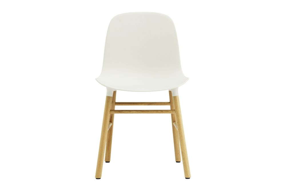 https://res.cloudinary.com/clippings/image/upload/t_big/dpr_auto,f_auto,w_auto/v1604568839/products/form-dining-chair-nc-oak-white-normann-copenhagen-simon-legald-clippings-9117021.jpg