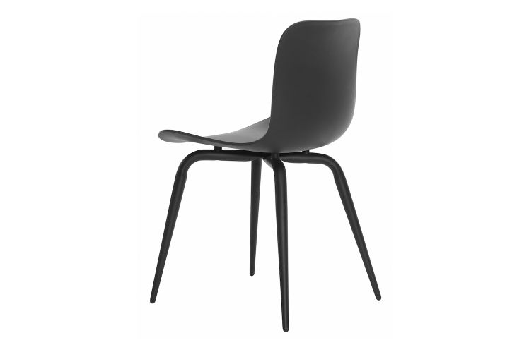 https://res.cloudinary.com/clippings/image/upload/t_big/dpr_auto,f_auto,w_auto/v1604662845/products/langue-avantgarde-dining-chair-black-norr11-knut-bendik-humlevik-rune-krojgaard-clippings-8579491.jpg