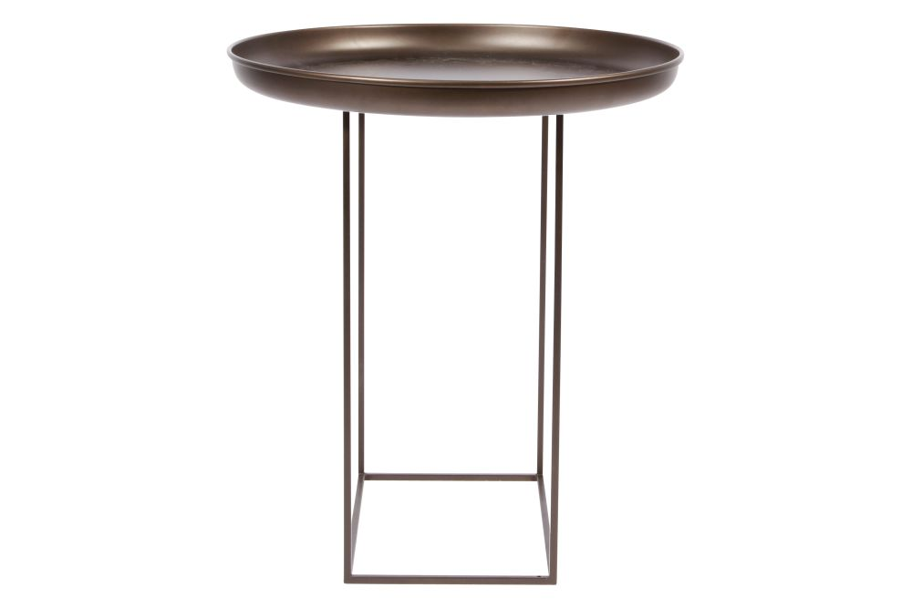 https://res.cloudinary.com/clippings/image/upload/t_big/dpr_auto,f_auto,w_auto/v1604662970/products/duke-side-table-norr11-norr11-design-house-clippings-8739591.jpg