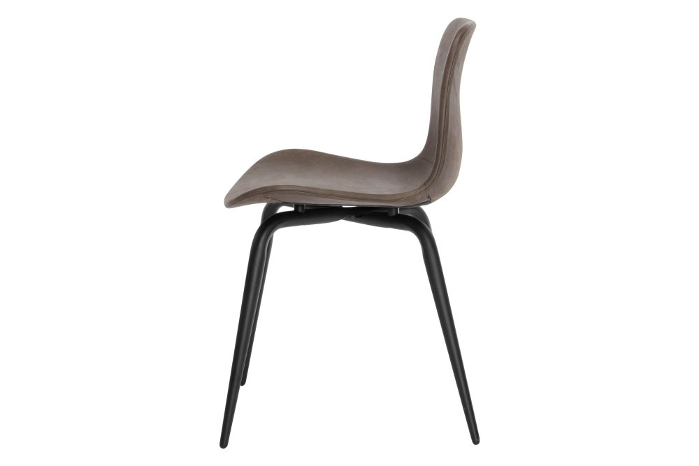 https://res.cloudinary.com/clippings/image/upload/t_big/dpr_auto,f_auto,w_auto/v1604664336/products/langue-avantgarde-dining-chair-black-leather-norr11-knut-bendik-humlevik-rune-krojgaard-clippings-8739711.jpg