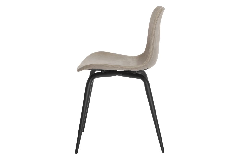 https://res.cloudinary.com/clippings/image/upload/t_big/dpr_auto,f_auto,w_auto/v1604664373/products/langue-avantgarde-dining-chair-black-leather-norr11-knut-bendik-humlevik-rune-krojgaard-clippings-8739741.jpg
