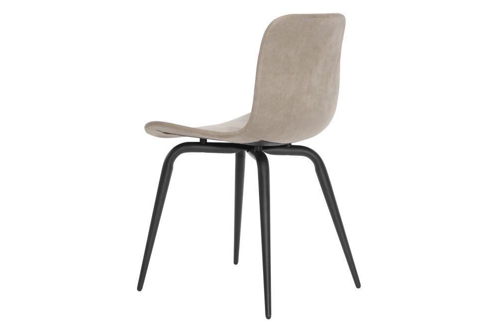 https://res.cloudinary.com/clippings/image/upload/t_big/dpr_auto,f_auto,w_auto/v1604664379/products/langue-avantgarde-dining-chair-black-leather-norr11-knut-bendik-humlevik-rune-krojgaard-clippings-8739791.jpg