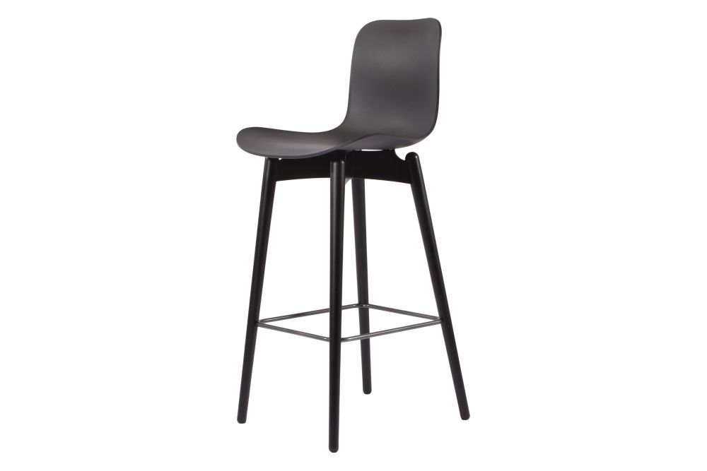 https://res.cloudinary.com/clippings/image/upload/t_big/dpr_auto,f_auto,w_auto/v1604909615/products/langue-original-bar-chair-oak-black-plastic-anthracite-black-tall-norr11-rune-kr%C3%B8jgaard-knut-benedik-humlevik-clippings-11332924.jpg