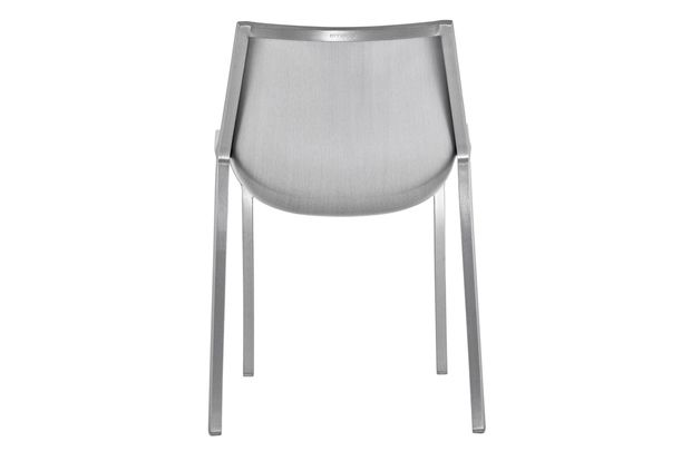 https://res.cloudinary.com/clippings/image/upload/t_big/dpr_auto,f_auto,w_auto/v1605702607/products/sezz-side-chair-emeco-christophe-pillet-clippings-1936922.jpg