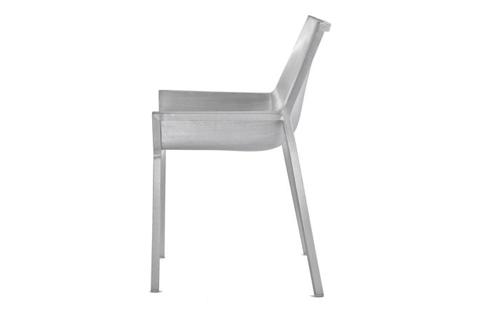 https://res.cloudinary.com/clippings/image/upload/t_big/dpr_auto,f_auto,w_auto/v1605702628/products/sezz-side-chair-emeco-christophe-pillet-clippings-1936942.jpg