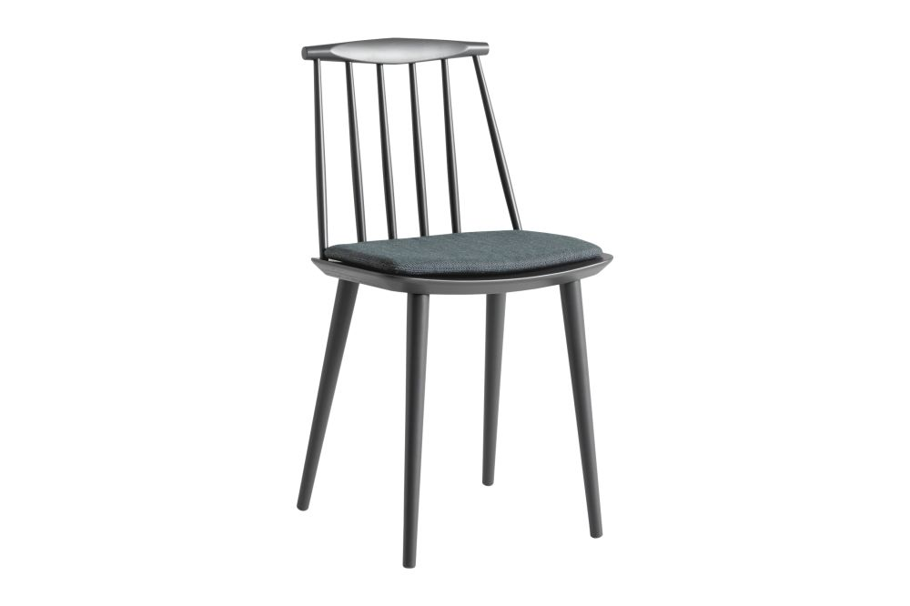 https://res.cloudinary.com/clippings/image/upload/t_big/dpr_auto,f_auto,w_auto/v1605759920/products/j77-dining-chair-with-cushion-set-of-2-hay-folke-palsson-clippings-11483294.jpg