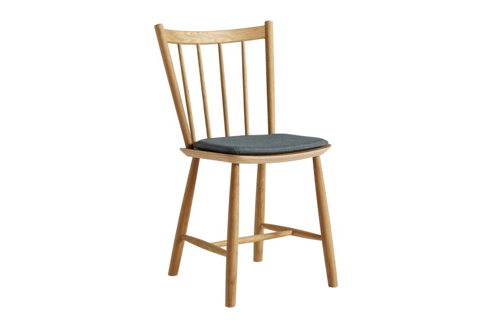 https://res.cloudinary.com/clippings/image/upload/t_big/dpr_auto,f_auto,w_auto/v1605762979/products/j41-dining-chair-with-cushion-wood-black-beech-light-grey-120-hay-b%C3%B8rge-mogensen-clippings-11483041.jpg