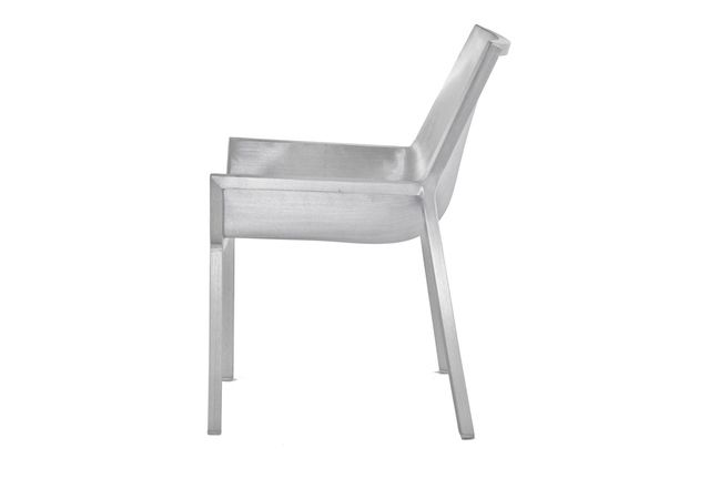 https://res.cloudinary.com/clippings/image/upload/t_big/dpr_auto,f_auto,w_auto/v1605860876/products/sezz-lounge-chair-emeco-christophe-pillet-clippings-1733462.jpg