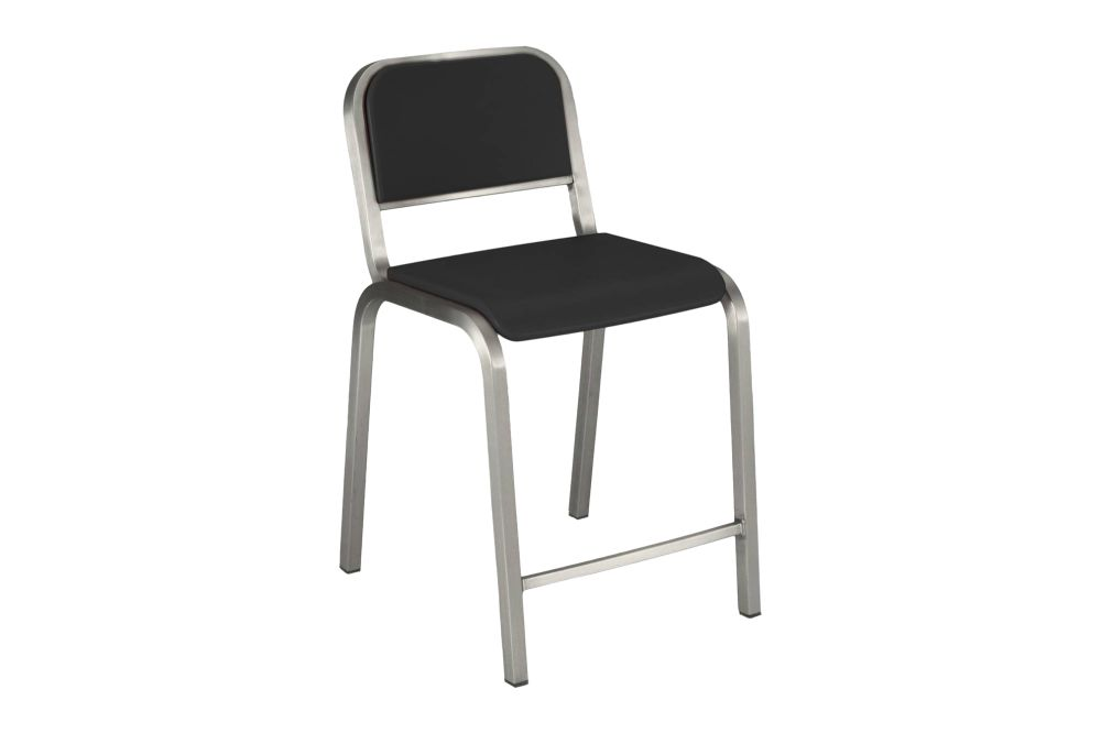 https://res.cloudinary.com/clippings/image/upload/t_big/dpr_auto,f_auto,w_auto/v1606122246/products/nine-o-counter-stool-nine-0-grey-brush-soft-emeco-ettore-sottsass-clippings-9318581.jpg
