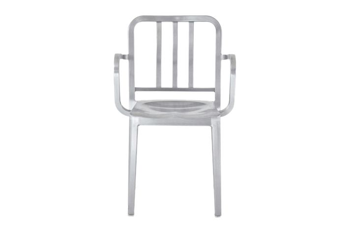 https://res.cloudinary.com/clippings/image/upload/t_big/dpr_auto,f_auto,w_auto/v1606123225/products/heritage-stacking-armchair-emeco-philippe-starck-clippings-1824562.jpg