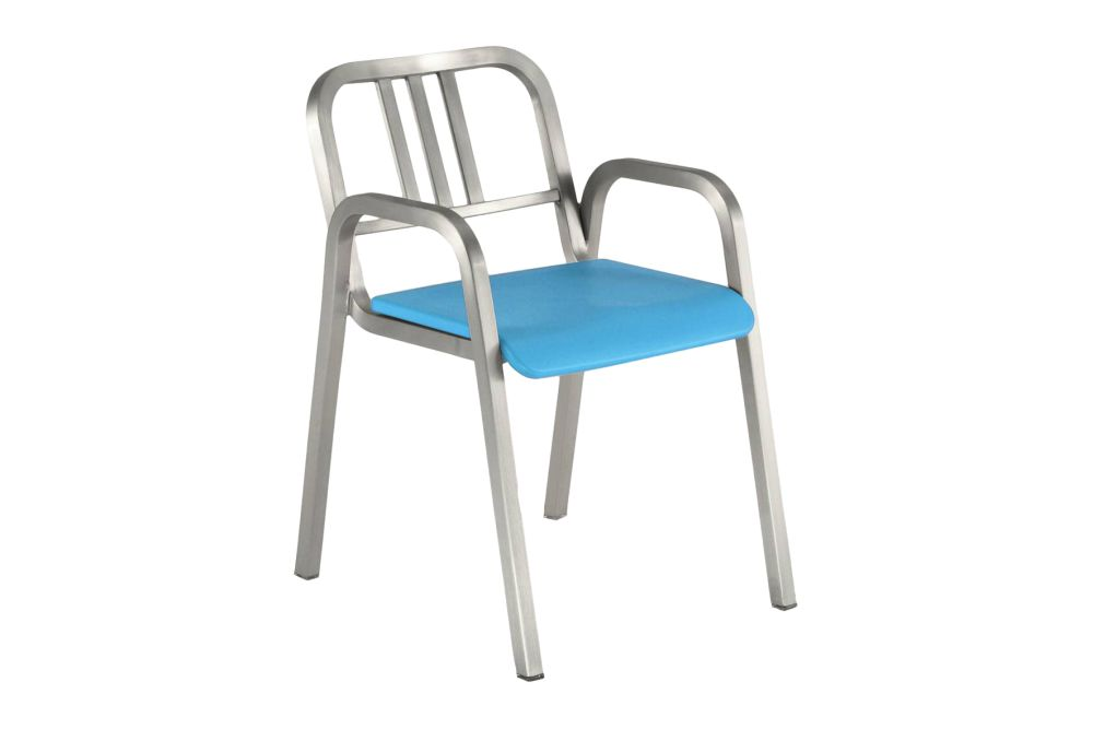 https://res.cloudinary.com/clippings/image/upload/t_big/dpr_auto,f_auto,w_auto/v1606123409/products/nine-o-stacking-armchair-nine-0-blue-brush-bar-back-emeco-ettore-sottsass-clippings-9318241.jpg